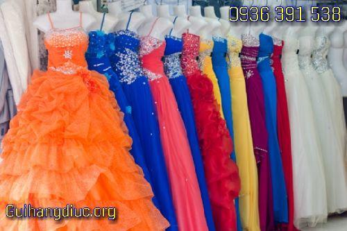 gửi váy cưới đi úc